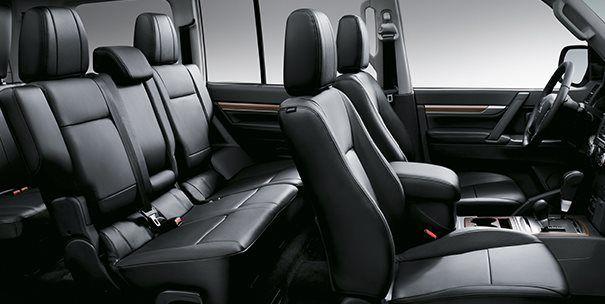 Interior Mitsubishi Montero