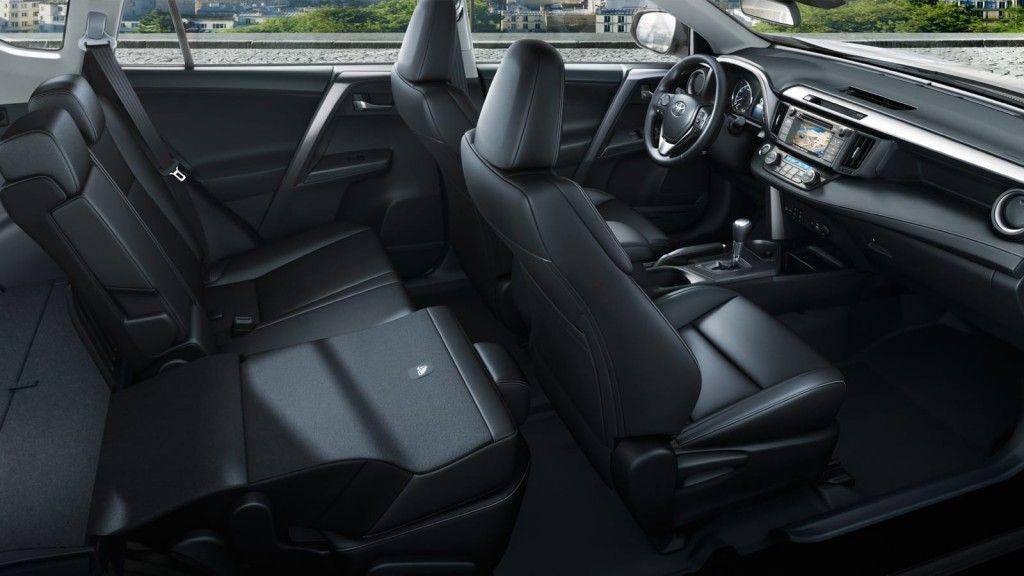 interior-toyota-rav-4